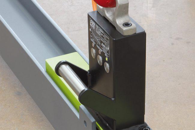 Magnet electro-permanent de ridicat grinzi