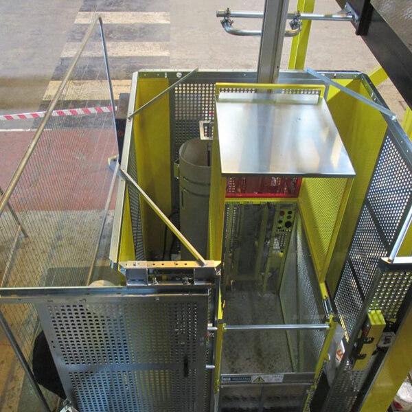 Lift pentru șantier 2000kg